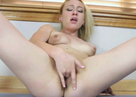 Alexa Raye is fingering her young pussy